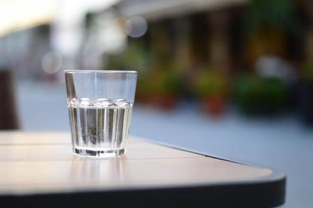 Если вы летом пьете мало воды, то неизбежно столкнетесь с такими проблемами